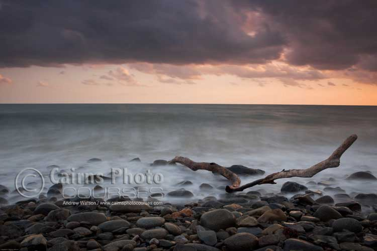 Dawn seascape at Red Cliff Point.  Canon 5D MkII, Tripod, 25mm, ISO 125, f16 @ 6 sec